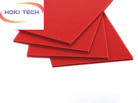 Tấm nhựa Danpla thường màu đỏ